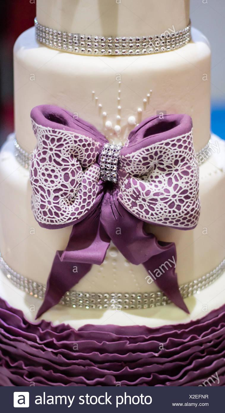 stylish cake decoration, ribbon - Stock Image