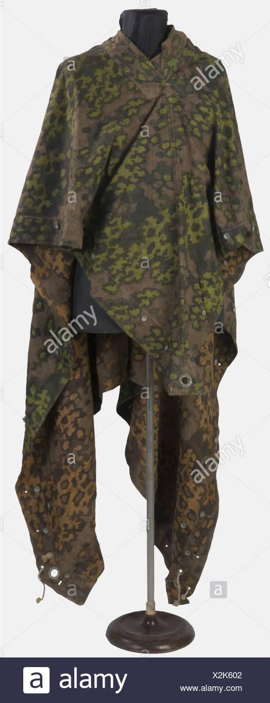 SCHUTZSTAFFEL, Poncho camouflé de la Waffen-SS, Camouflage réversible printemps-automne, , Additional-Rights-Clearances-NA - Stock Image