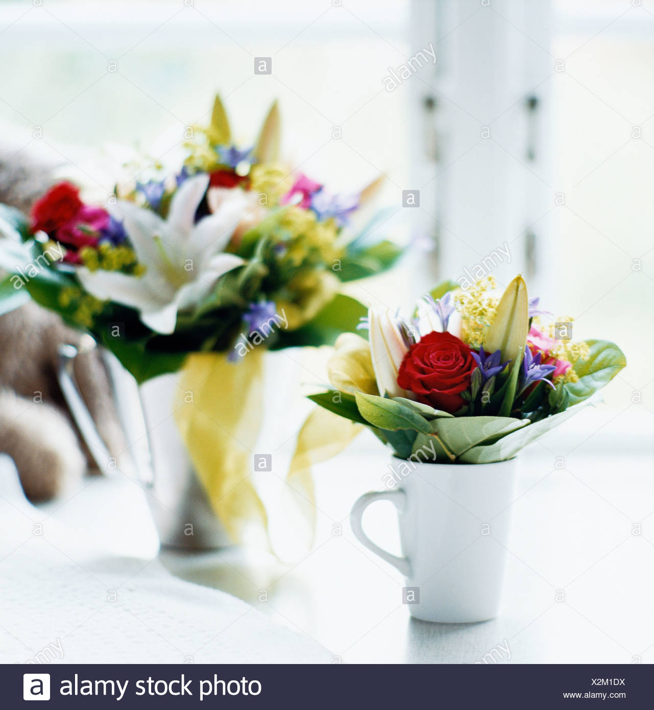 Big flower vase stock photos big flower vase stock images alamy a big and a small flower bouquet stock image izmirmasajfo