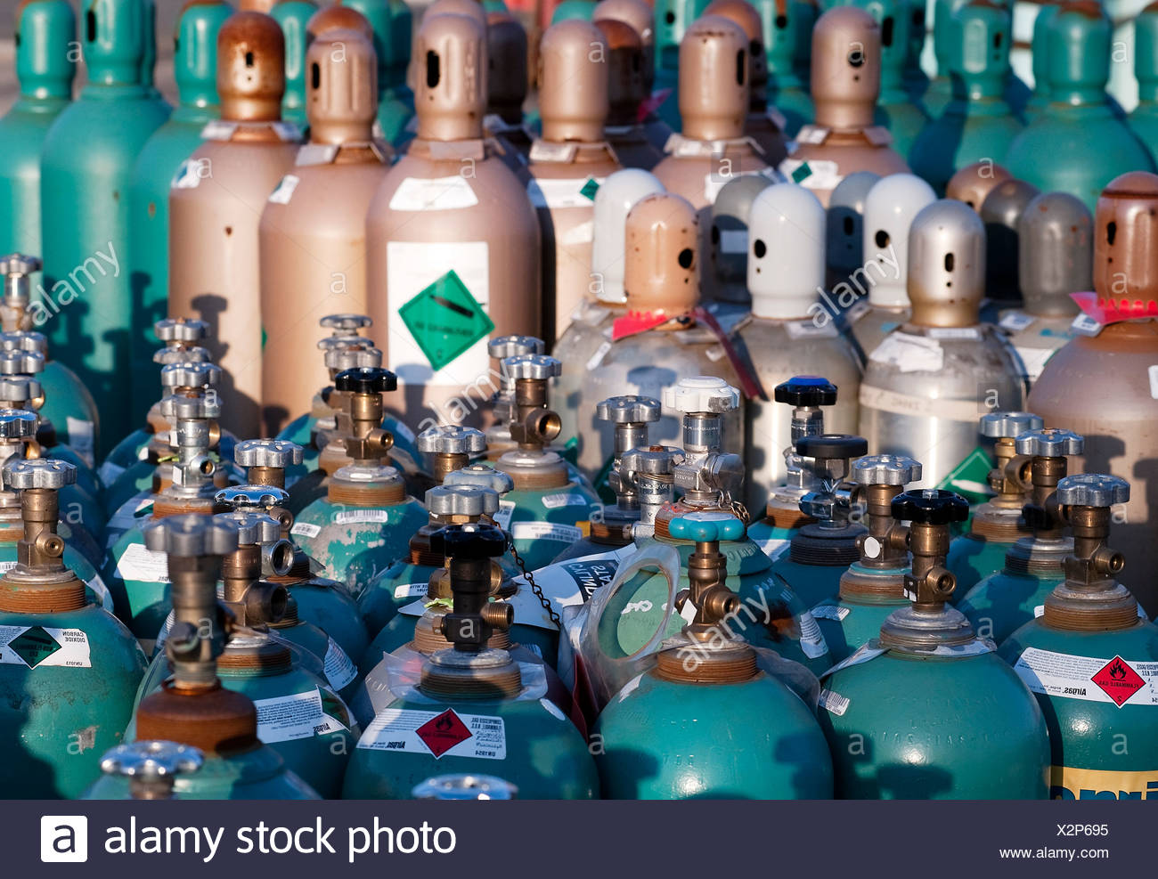 Compressed industrial gas products - Stock Image