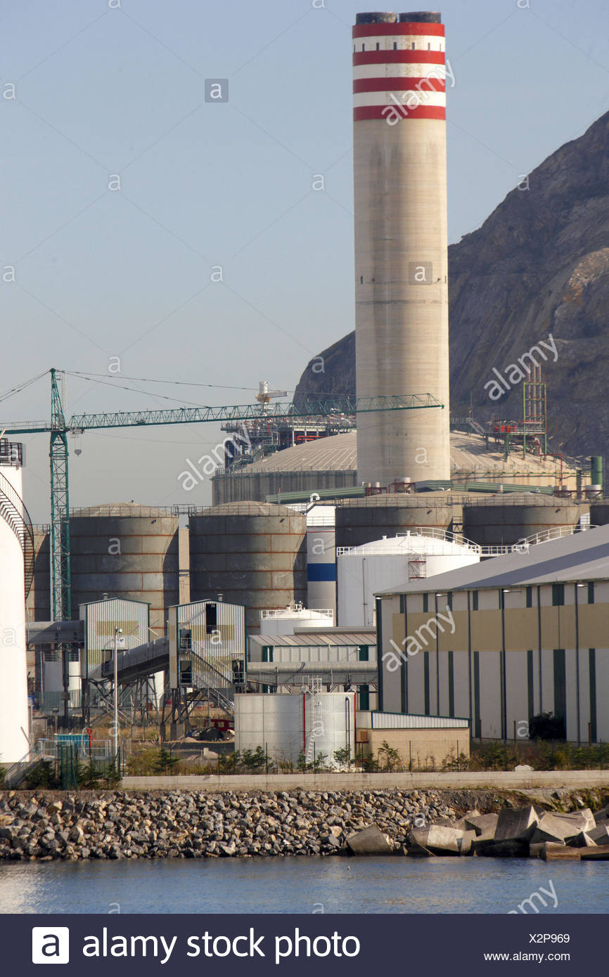 Bahia Bizkaia combined cycle power plant (CCPP). Port of Bilbao, Biscay, Basque Country, Spain - Stock Image