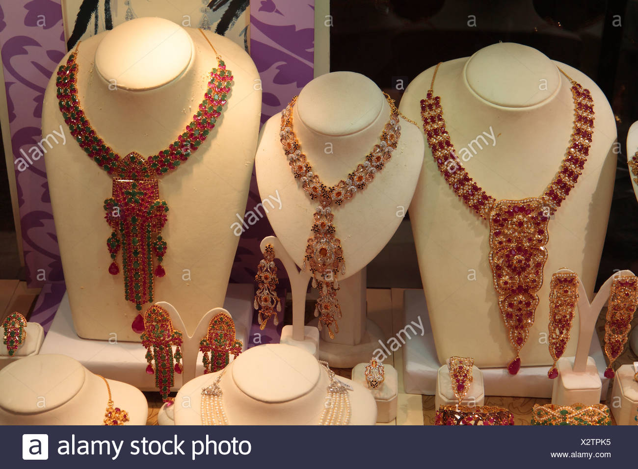 Necklaces with rubies and emeralds, gold market, Dubai, United Arab Emirates, Middle East - Stock Image