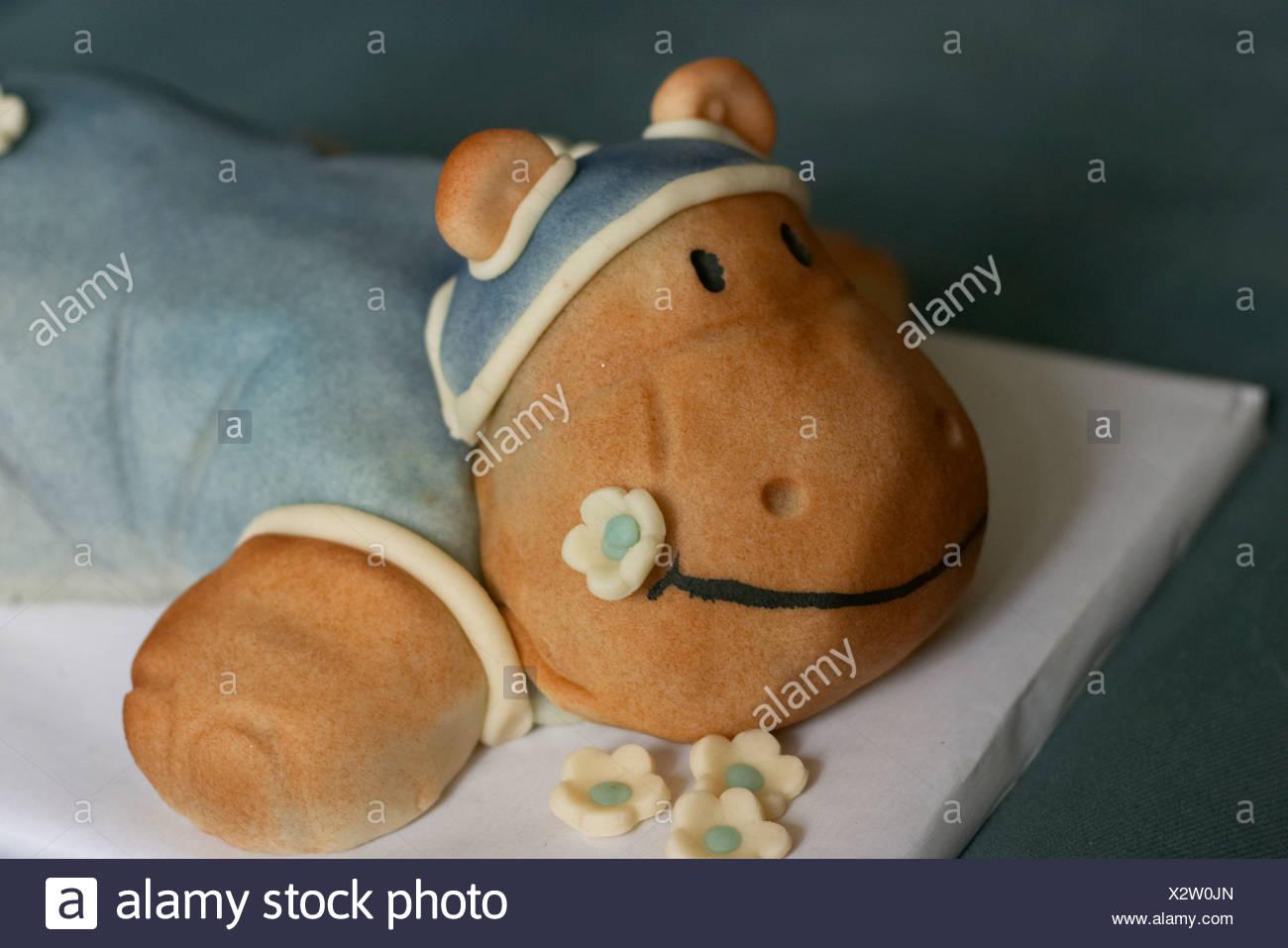 Marvelous Hippo Birthday Cake Stock Photo 277144525 Alamy Personalised Birthday Cards Akebfashionlily Jamesorg