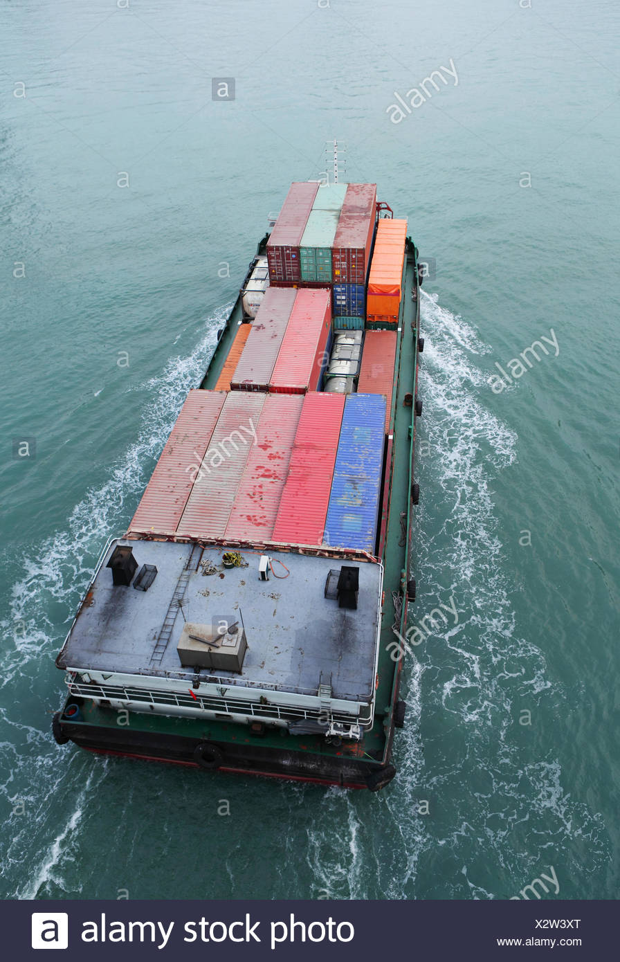 Cargo ship from top Stock Photo: 277147104 - Alamy