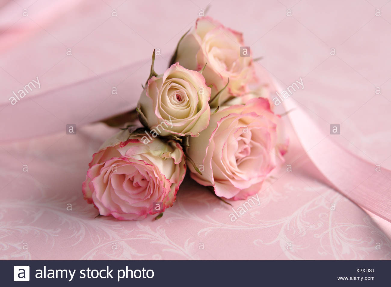 Pastel Wedding Flowers Stock Photos & Pastel Wedding Flowers Stock ...