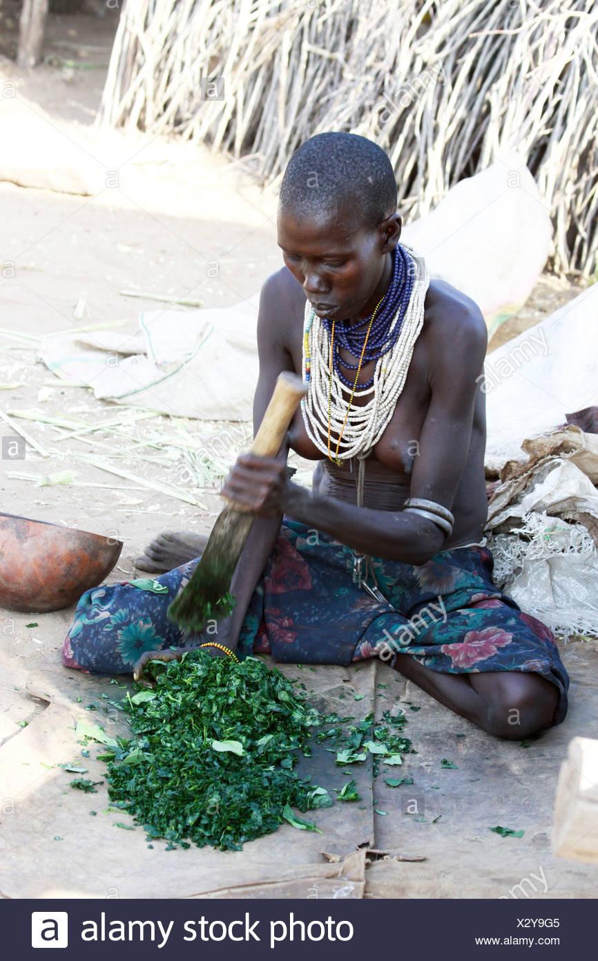 Africa, Ethiopia, Omo Valley, Woman of the Karo tribe - Stock Image