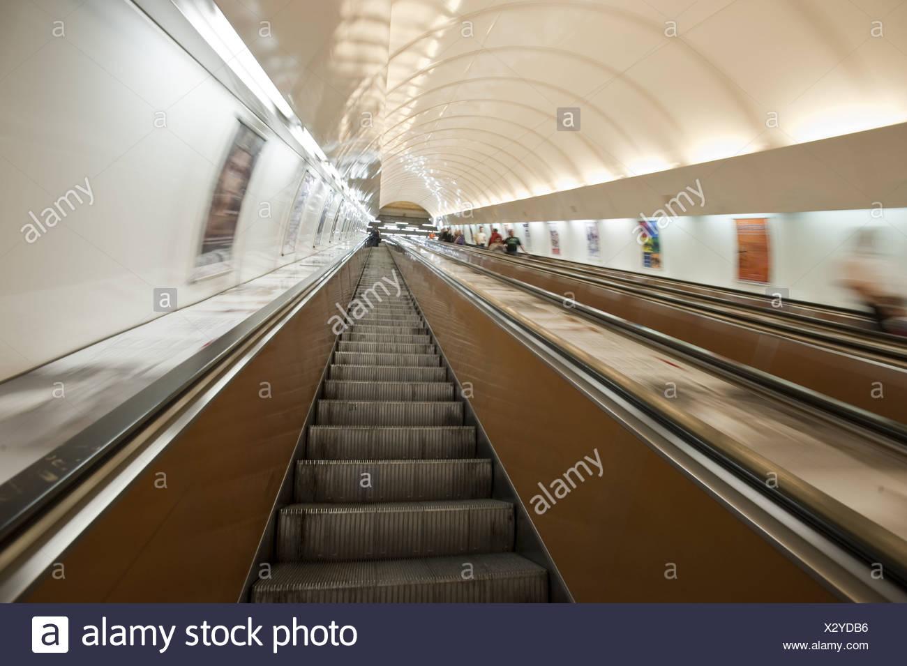 Dating U-Bahn-Prague