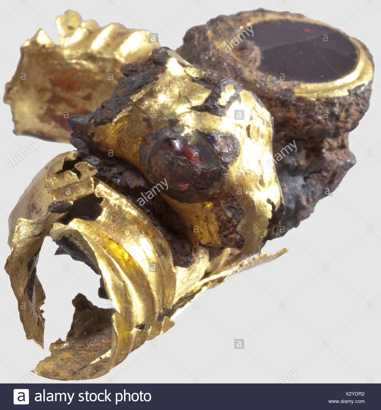 Gold Byzantine Jewelry Stock Photos & Gold Byzantine Jewelry Stock