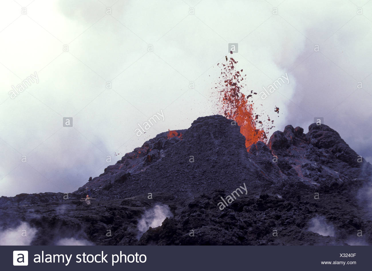 Fountaining eruption from Kilauea's first eruption in 1983 at puu oo vent, Hawaii volcanoes national park, Big island - Stock Image