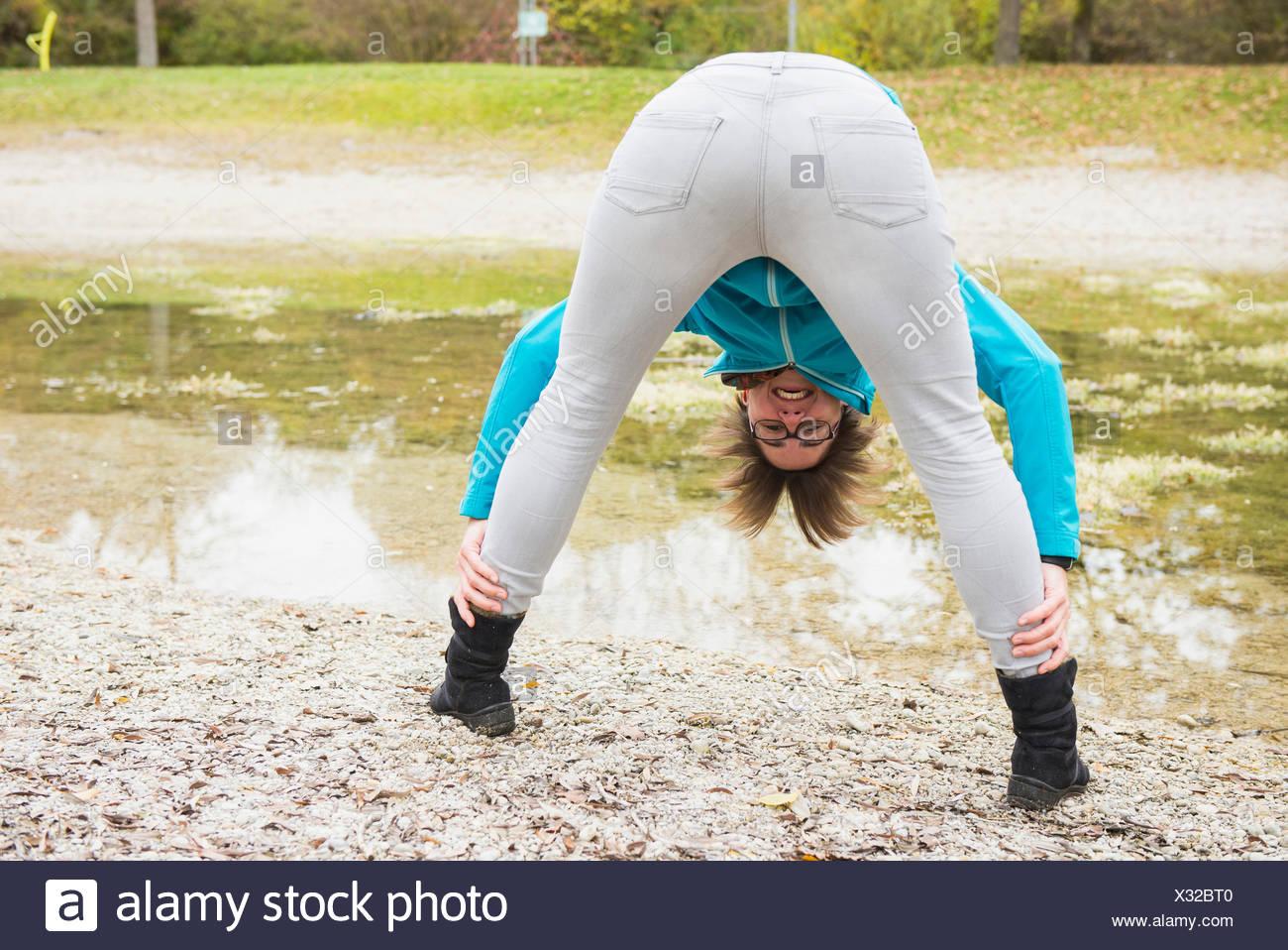 Legs woman between How Do