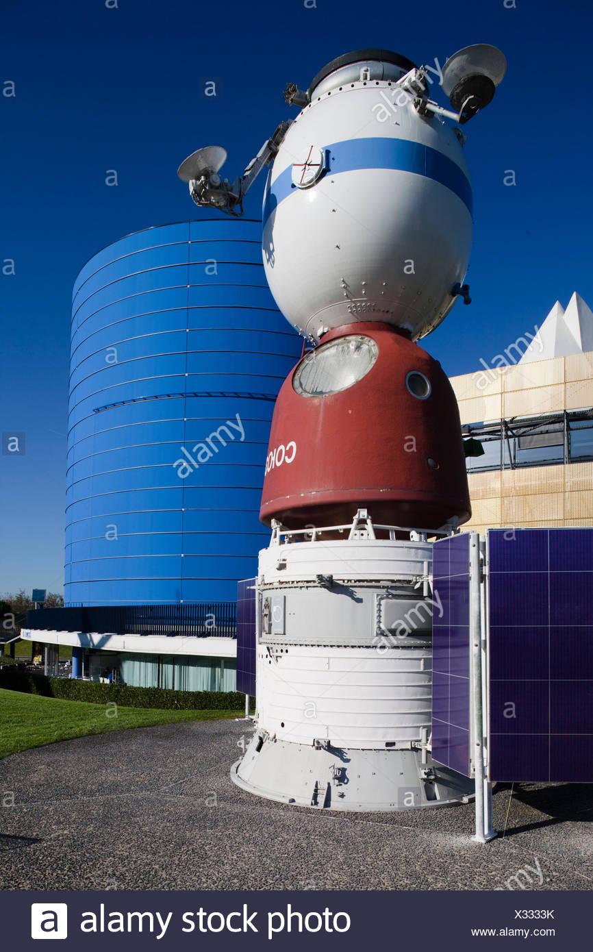 France, Midi-Pyrenees Region, Haute-Garonne Department, Toulouse, Cite de l'Espace space park, Russian Soyuz space station - Stock Image