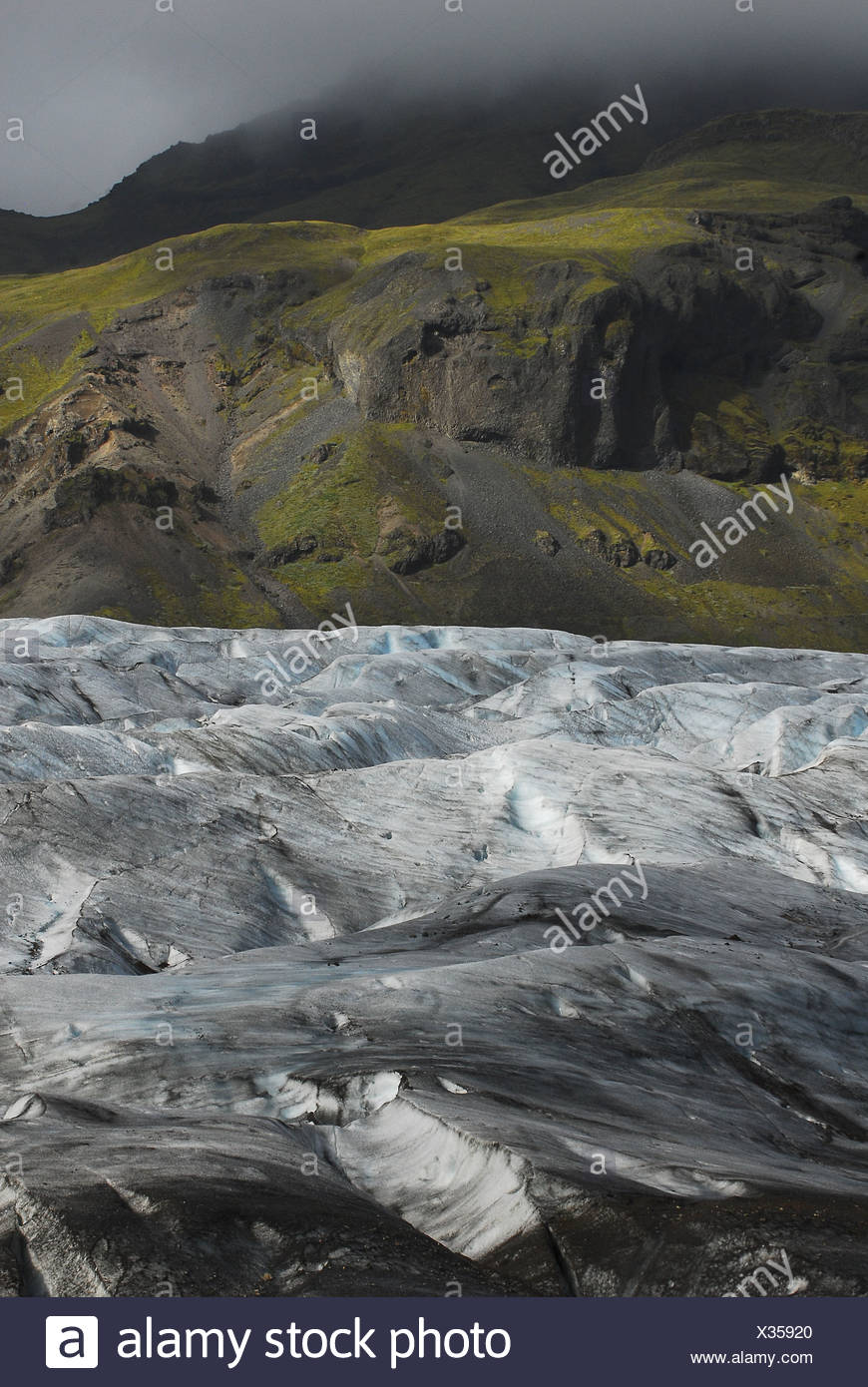 View of glacier Skálafellsjökull Part of the glacier Vatnajökull, the largest glacier of Iceland and Europe - Stock Image