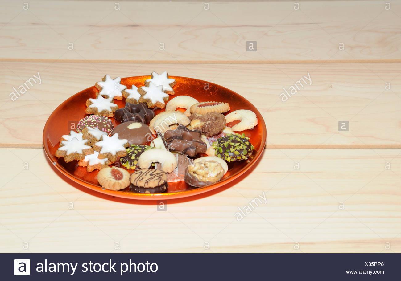 Plätzchen Weihnachten Stock Photos & Plätzchen Weihnachten Stock ...