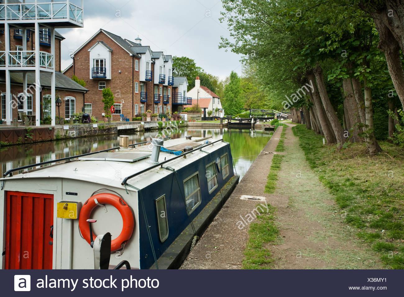 Thames Lock on the Wey Navigation Canal, Weybridge, Surrey, Uk - Stock Image