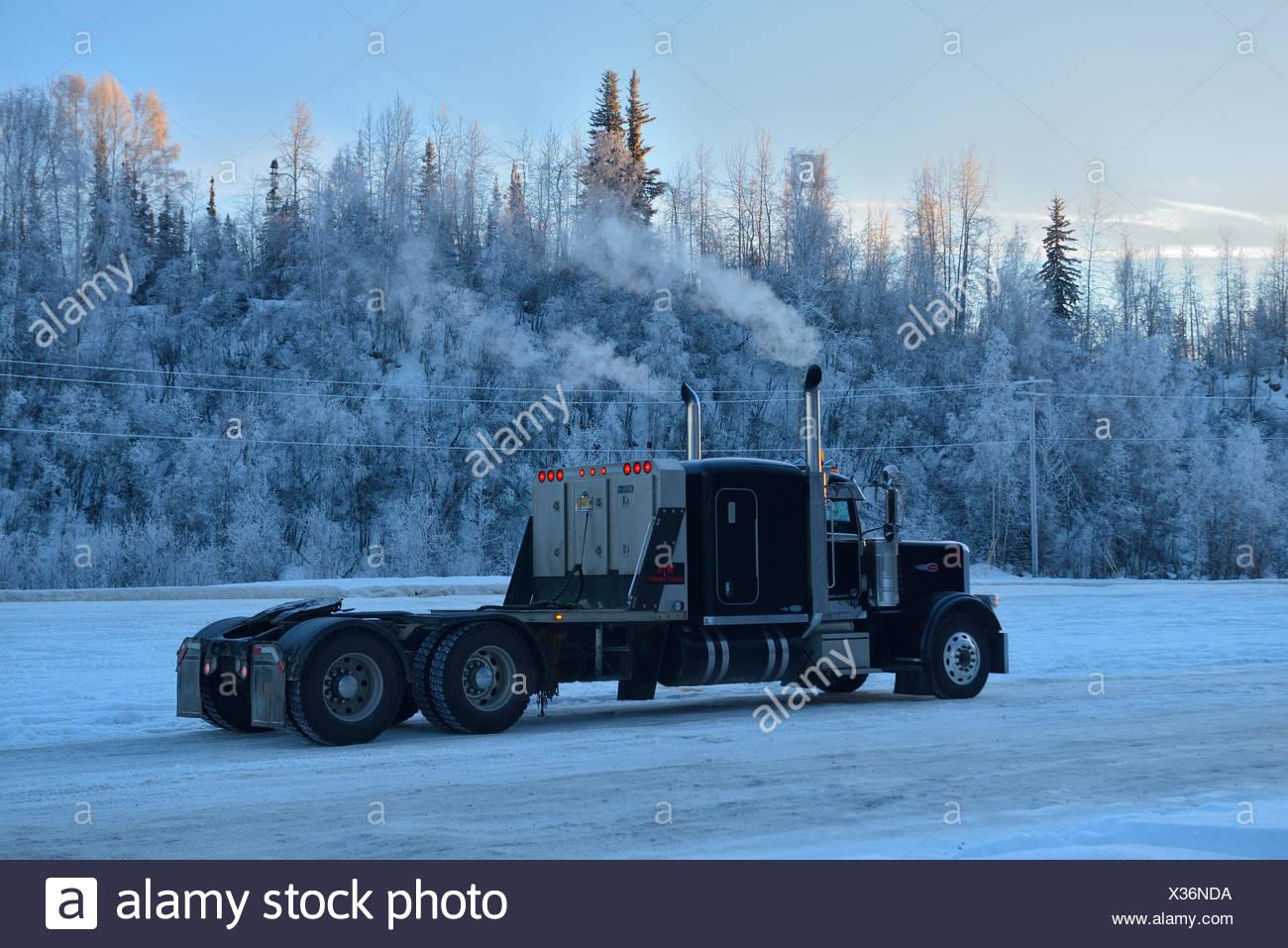 USA, United States, America, Alaska, Fairbanks, truck, winter, trucking, transportation - Stock Image