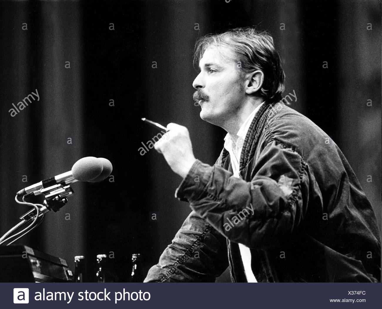 Hubert,  Kleinert, German politician, portrait, federal party conference of The Greens, Hamburg, 7.- 9.12.1984, giving speech, m - Stock Image