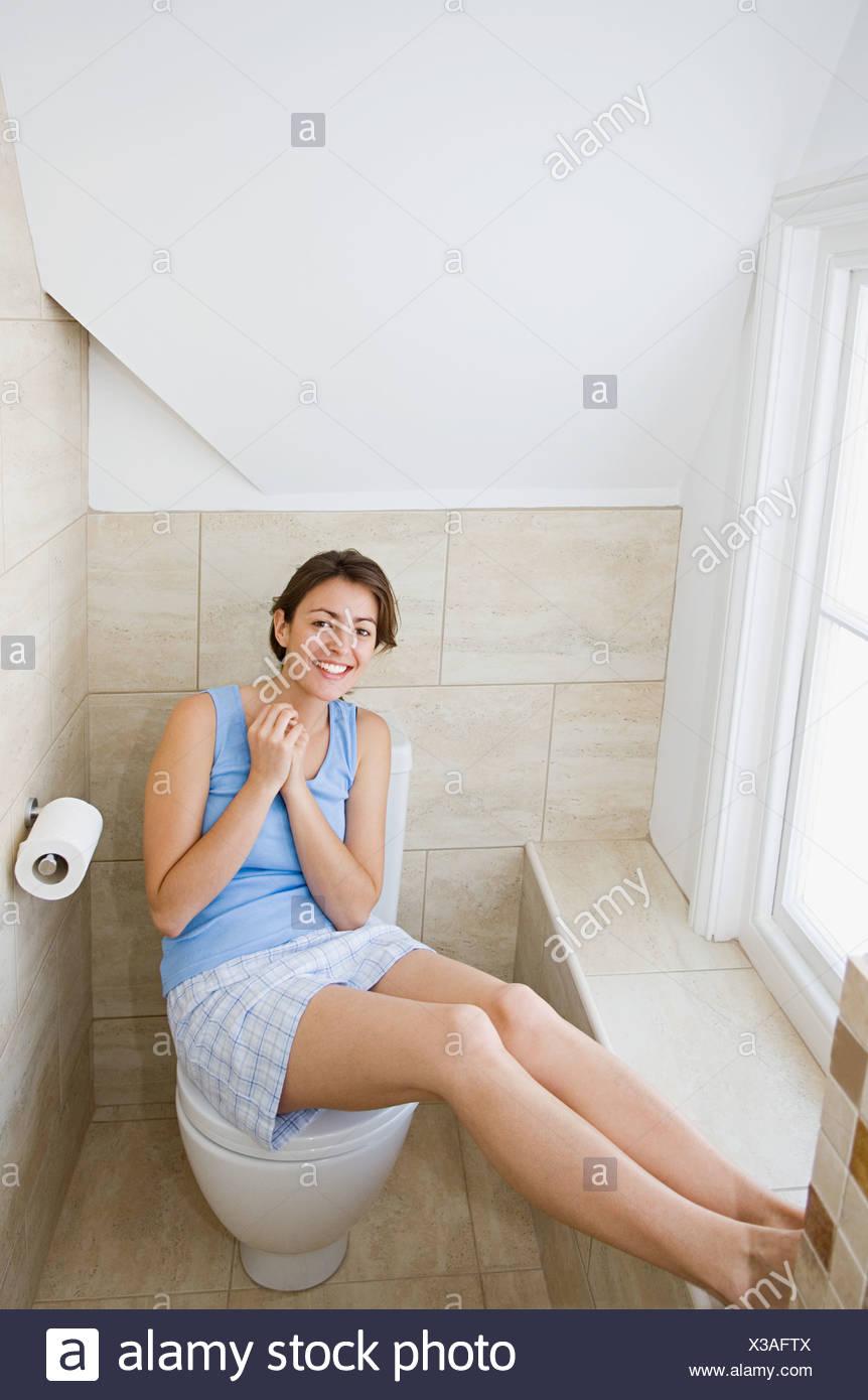 women on toilet Mature