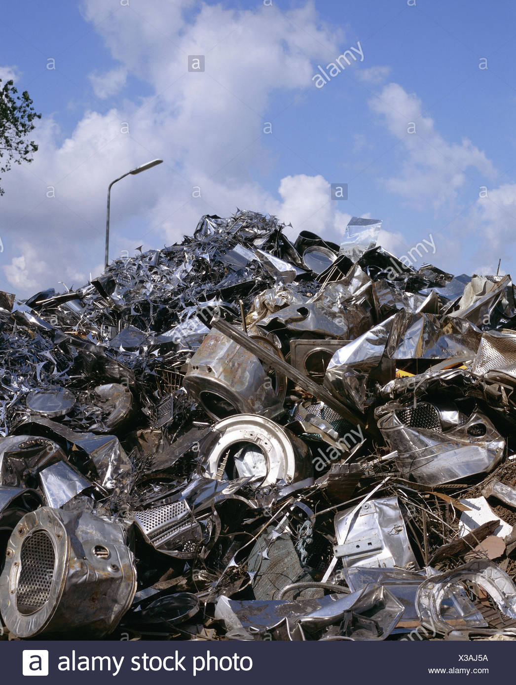 Scrap Iron Stock Photos & Scrap Iron Stock Images - Alamy