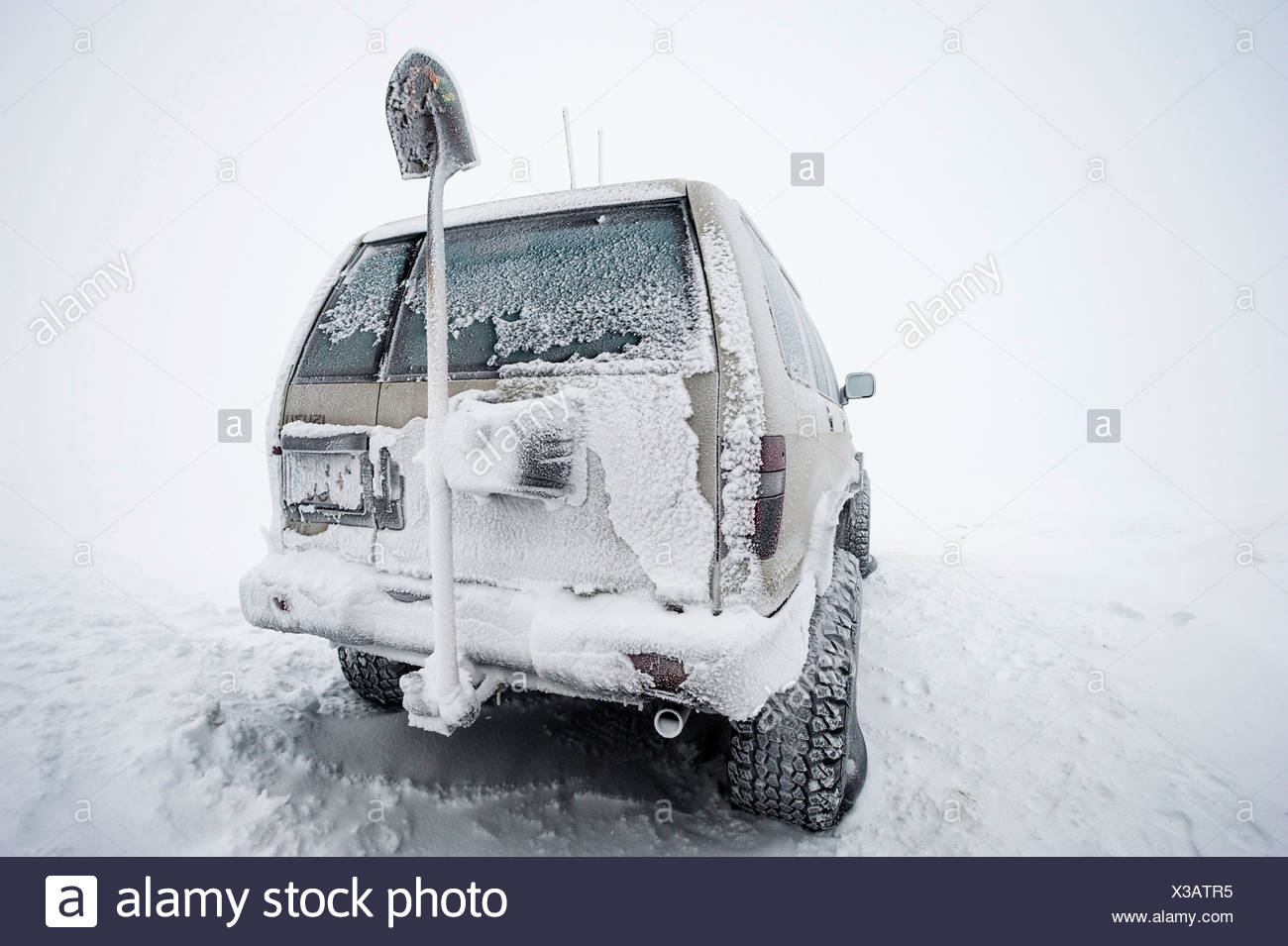 Frozen Super Jeep with a shovel, Iceland, Europe - Stock Image