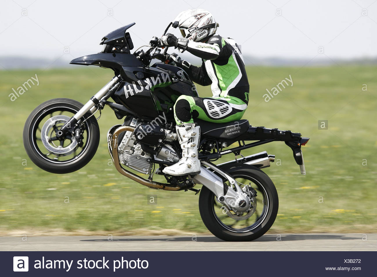 Motorcycle BMW GS Rebuilding Stock Photo: 277453094 - Alamy