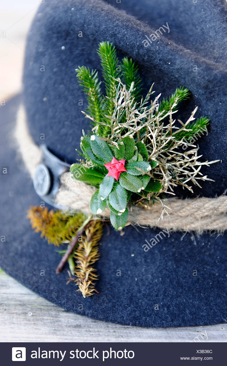 Hat with decorations, mountain farmer's hat during the traditional cattle drive, Halsam, Ramsau bei Berchtesgaden - Stock Image