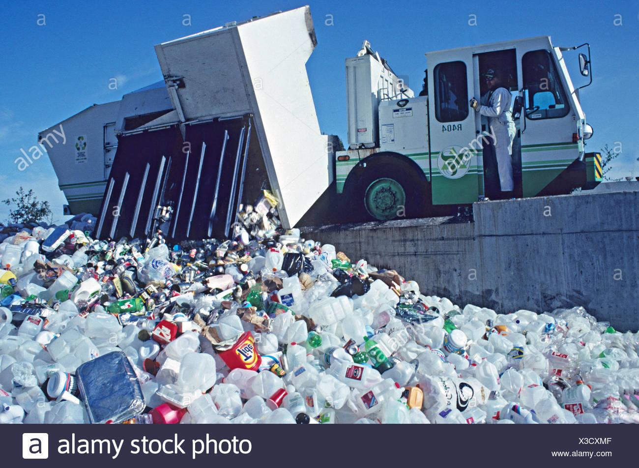 recycling station Richmond California - Stock Image