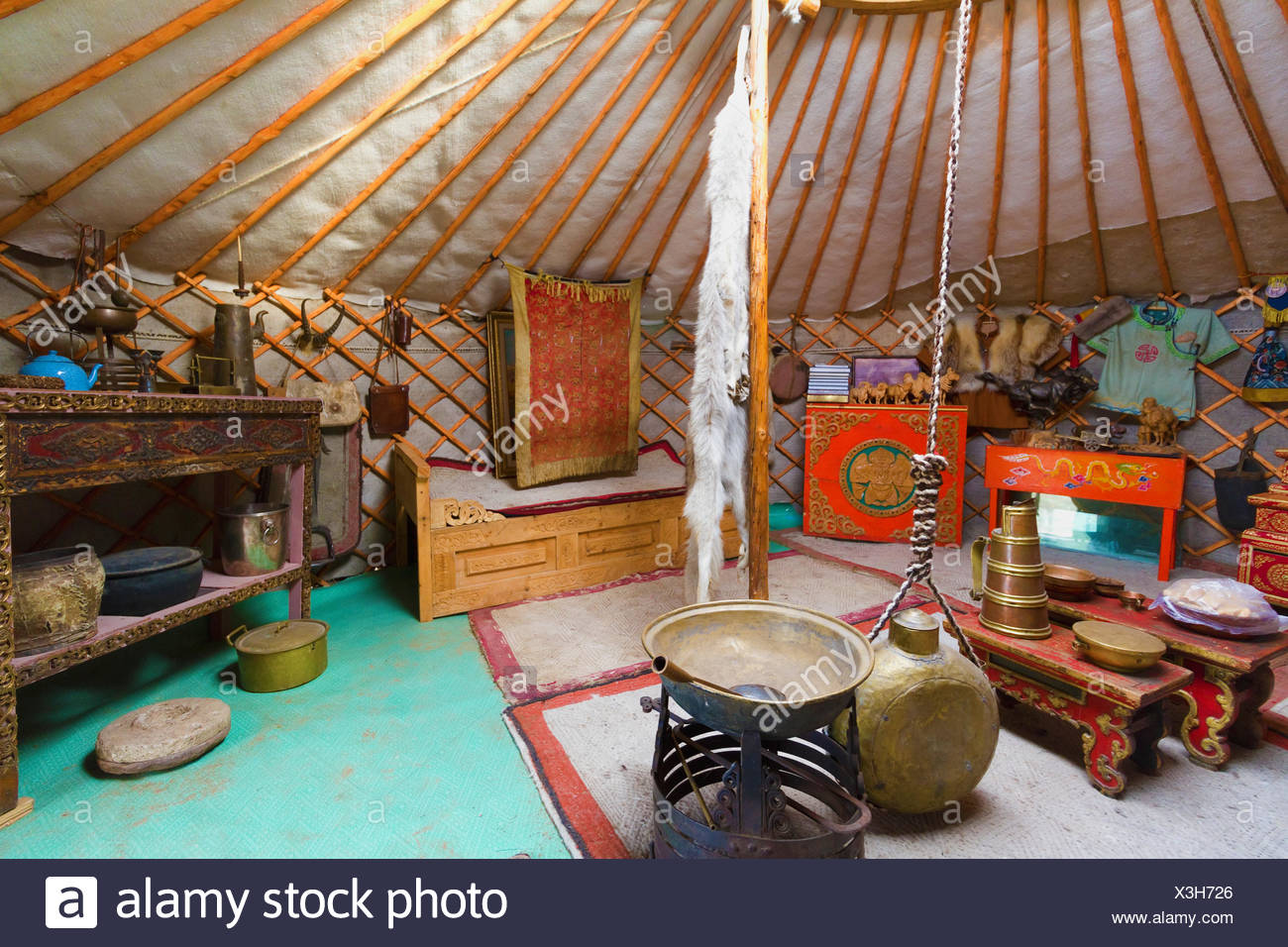 interior-of-a-traditional-mongolian-ger-