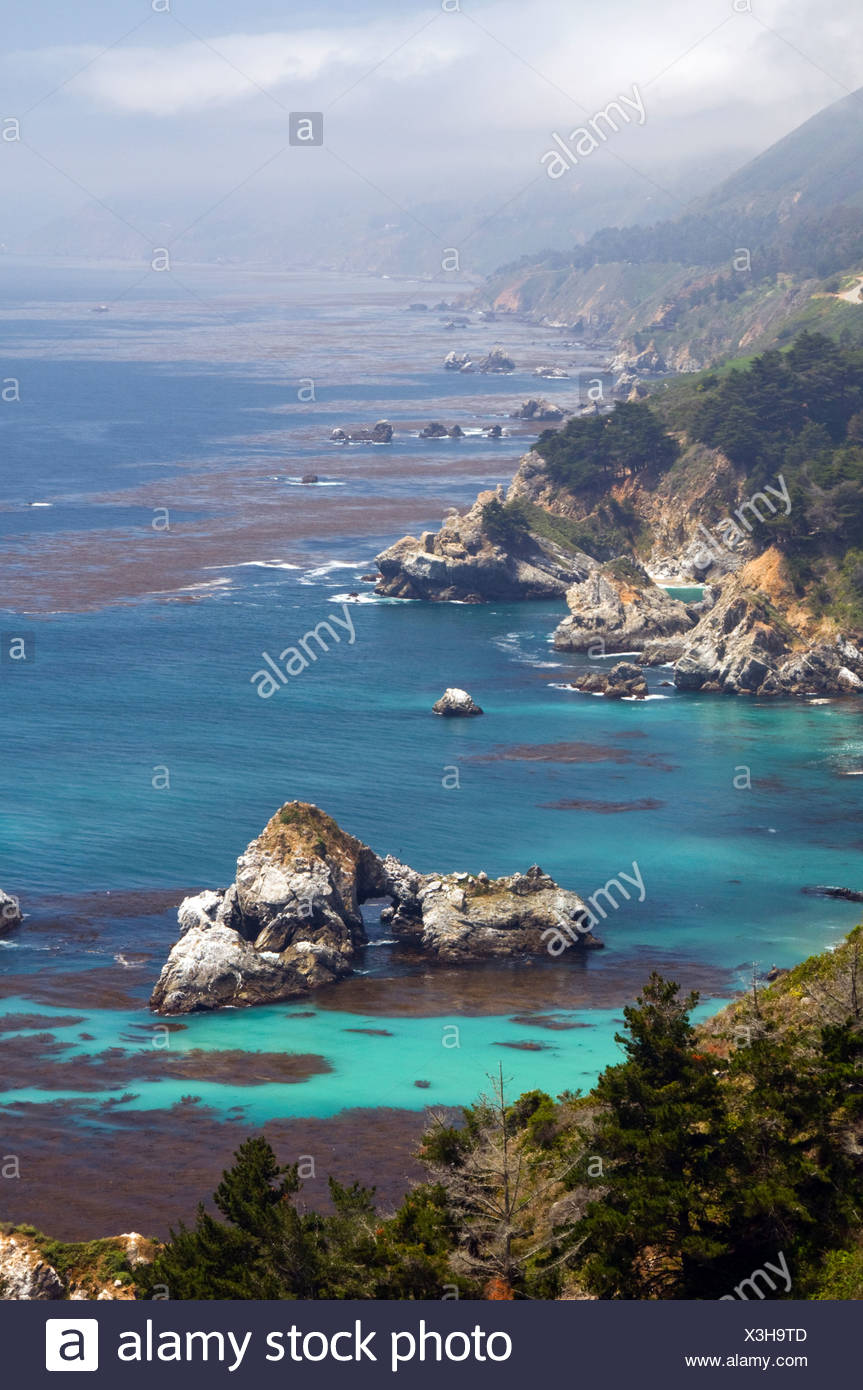 Looking south down the famous Big Sur coastline in California from historic and scenic Highway 1. - Stock Image