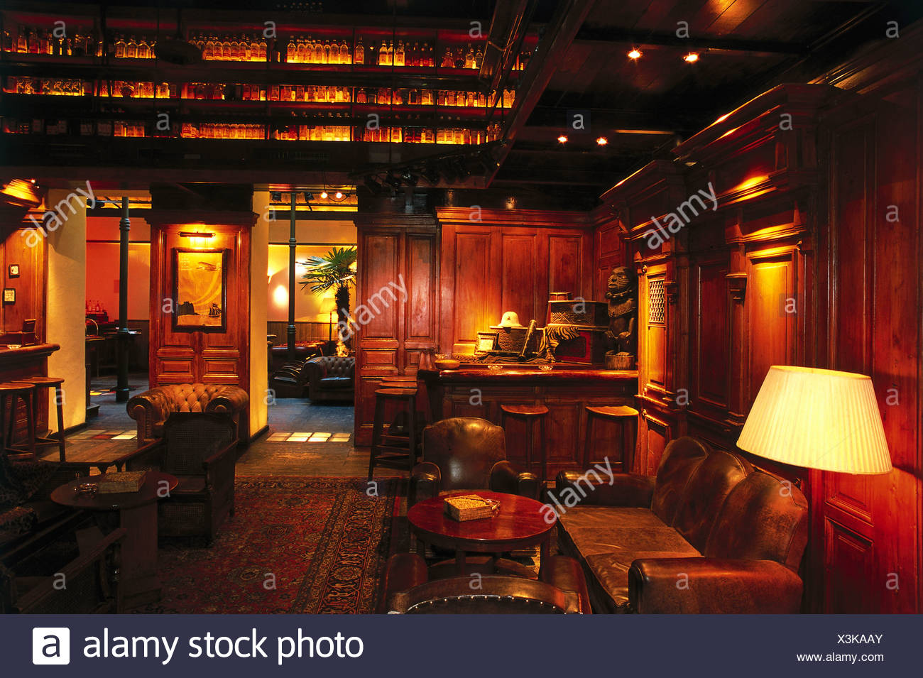 Austria, Vienna, Planter's Club, interior of colonial-style bar with on