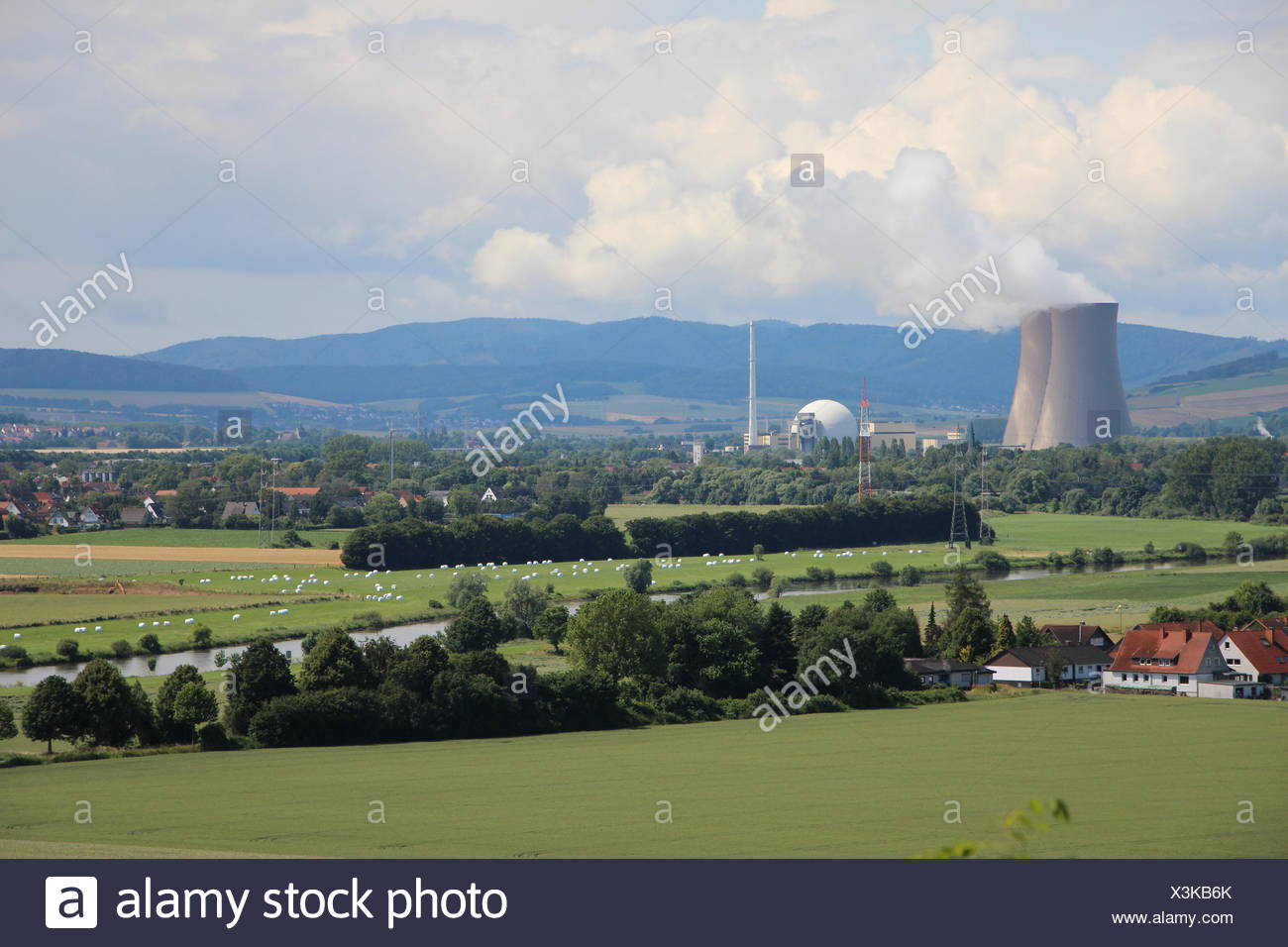 Nuclear power station Grohnde in summer - Stock Image