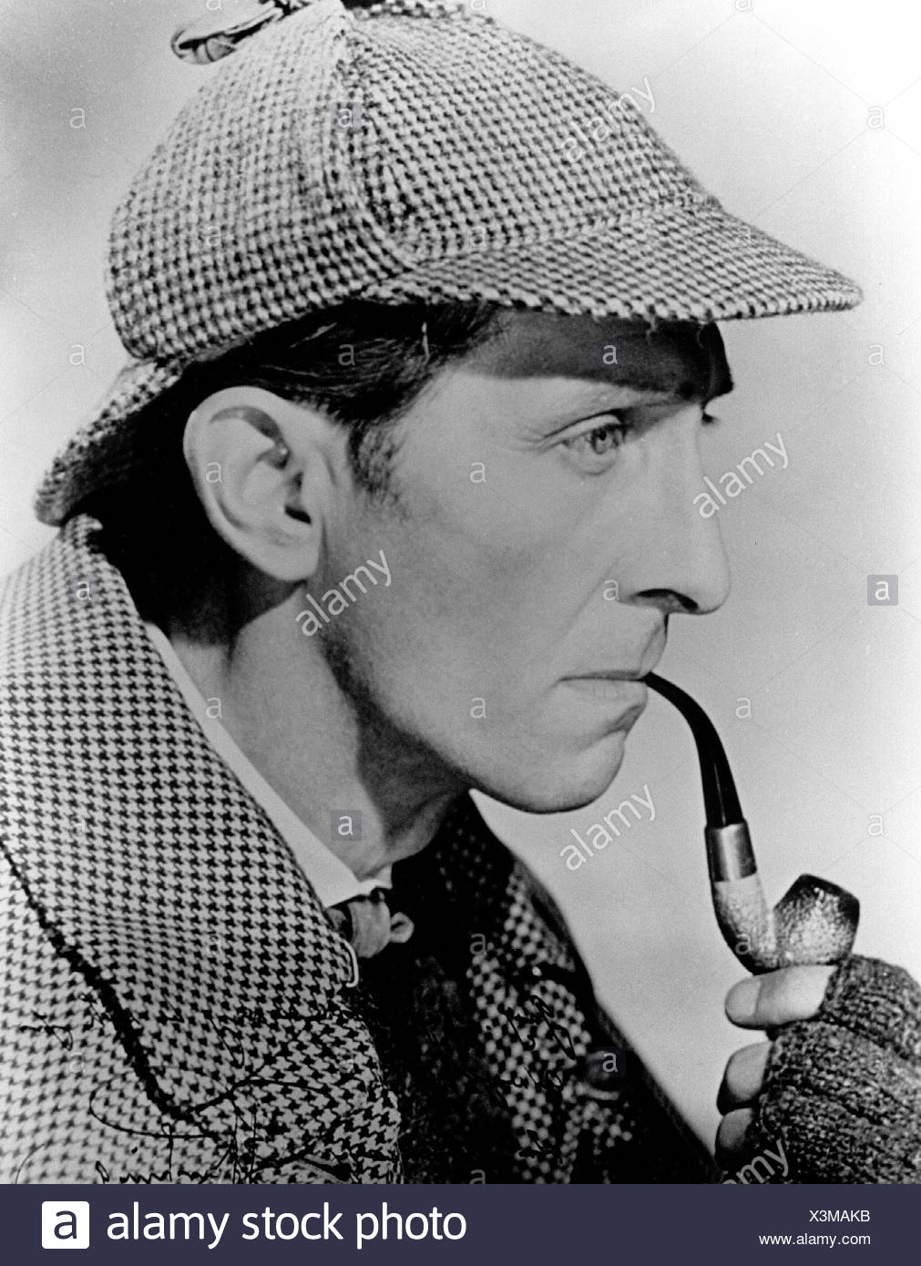 Sherlock Holmes, literary character by Sir Arthur Conan Doyle, Peter Cushing as the detective in 'The Hound of the Baskervilles', portrait, side view, 1958, Additional-Rights-Clearances-NA - Stock Image