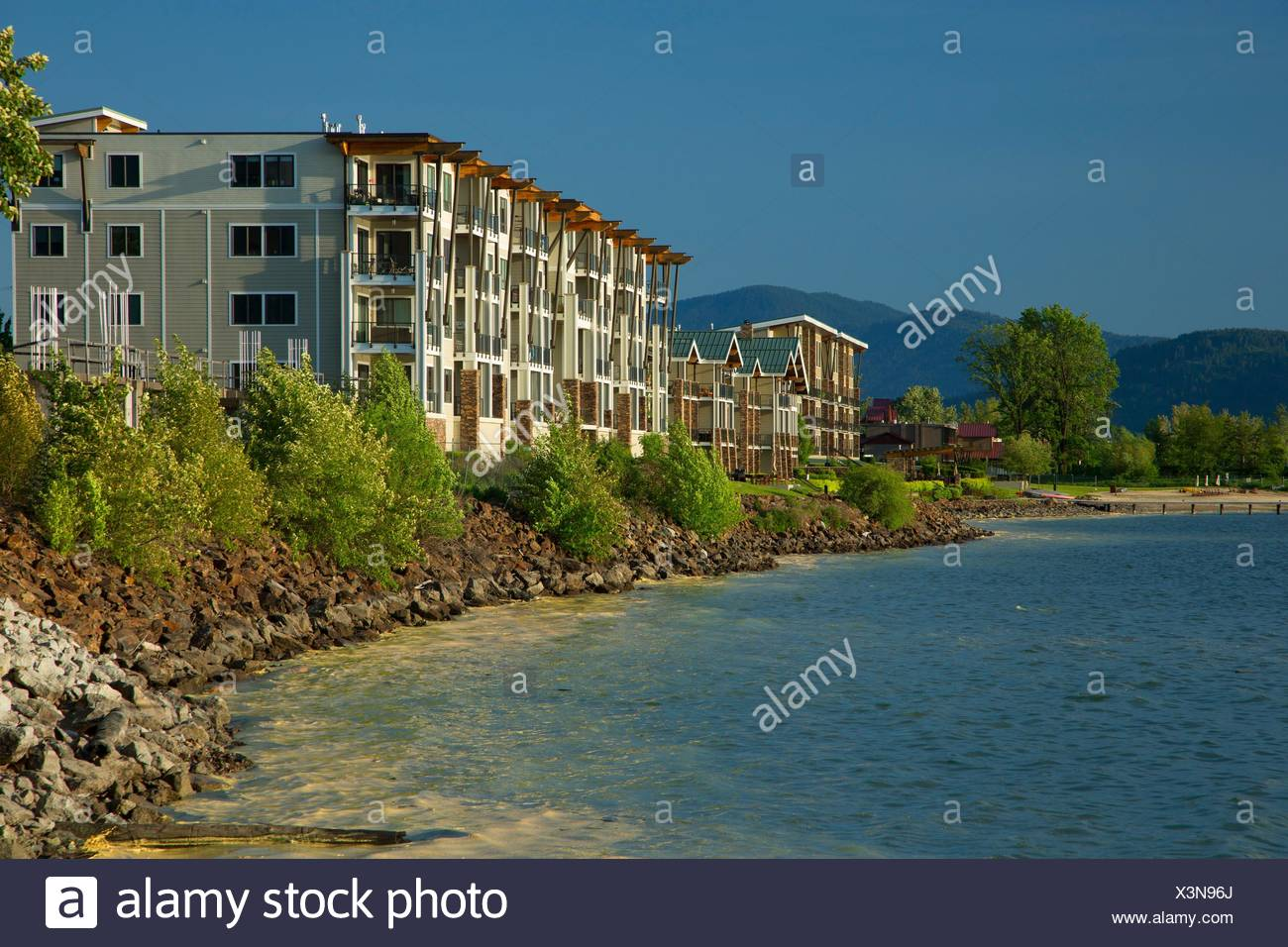 Lake Pend Oreille waterfront from Pend dâ.Oreille Bay Trail, Sandpoint, Idaho. - Stock Image