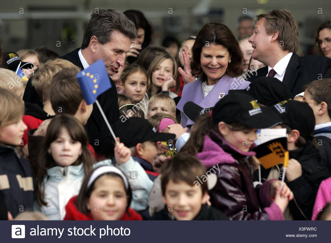Queen Silvia of Sweden is welcomed by Wuerttembergs Prime Minister Guenther Oettinger at Stuttgart Airport, Stuttgart, Germany - Stock Image