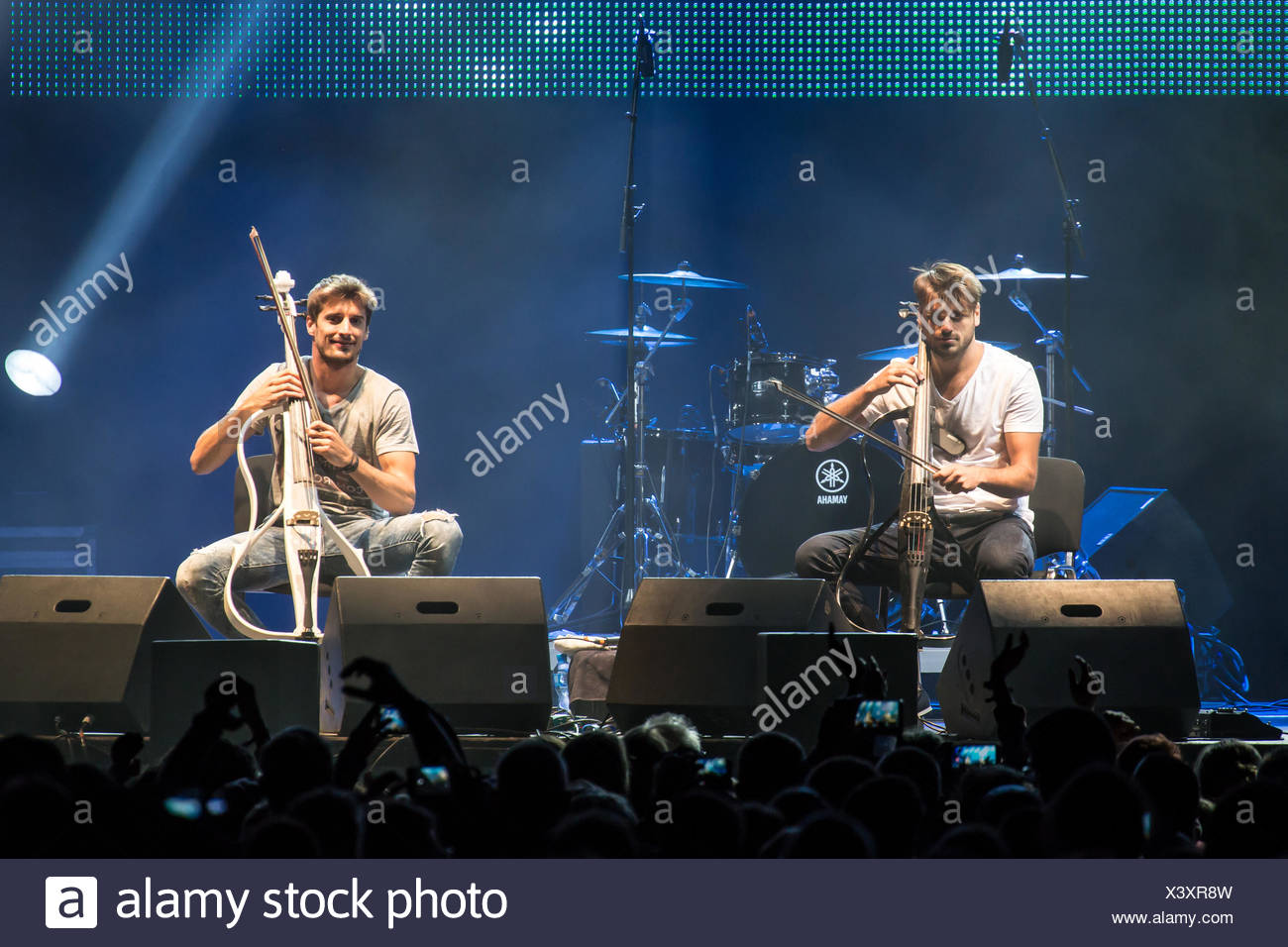 2cellos Stock Photos & 2cellos Stock Images