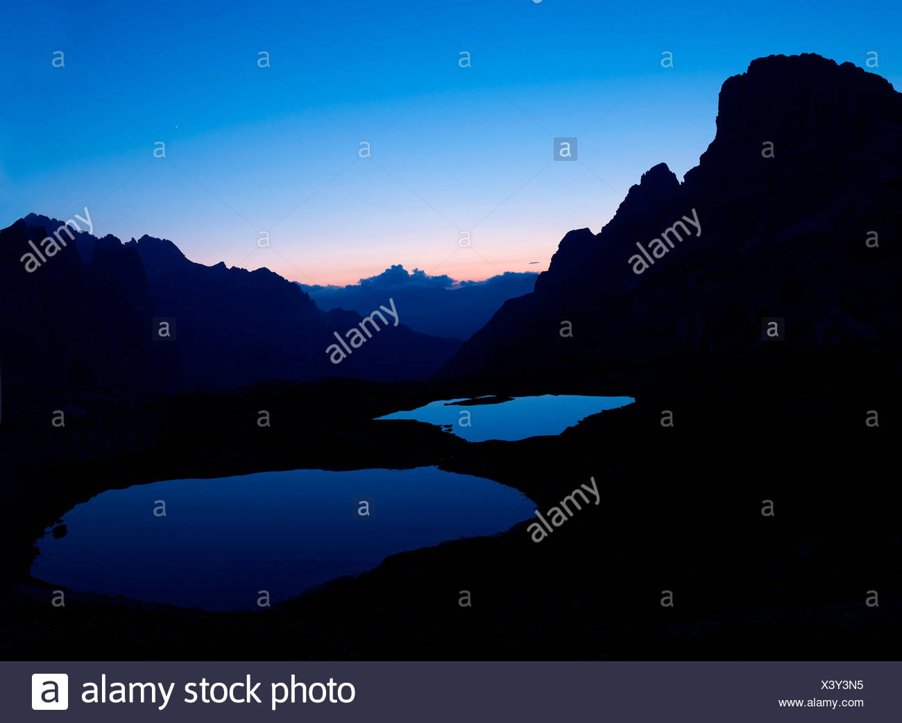 Boedenseen lakes at dawn, Dolomiti di Sesto National Park, Sexten Dolomites, Dolomites, province of Bolzano-Bozen, Italy, Europe - Stock Image