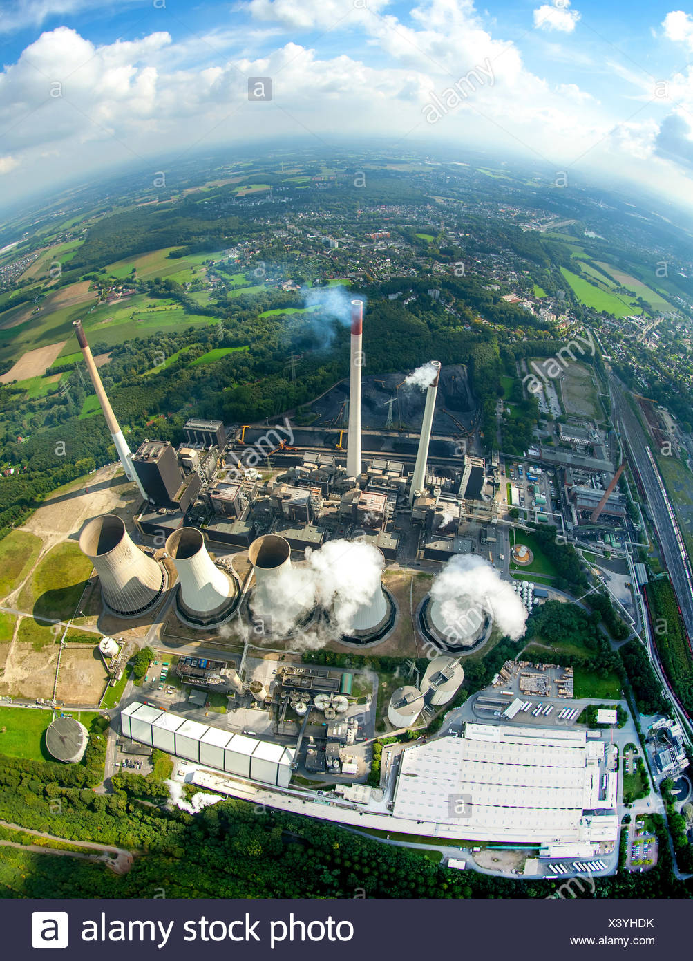 E.ON Scholven Power Station, Gelsenkirchen, Ruhr district, North Rhine-Westphalia, Germany - Stock Image