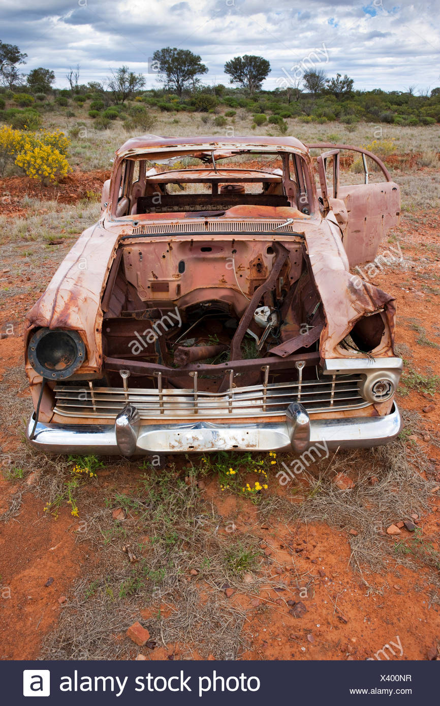 Car wreck in the outback, Northern Territory, Australia - Stock Image