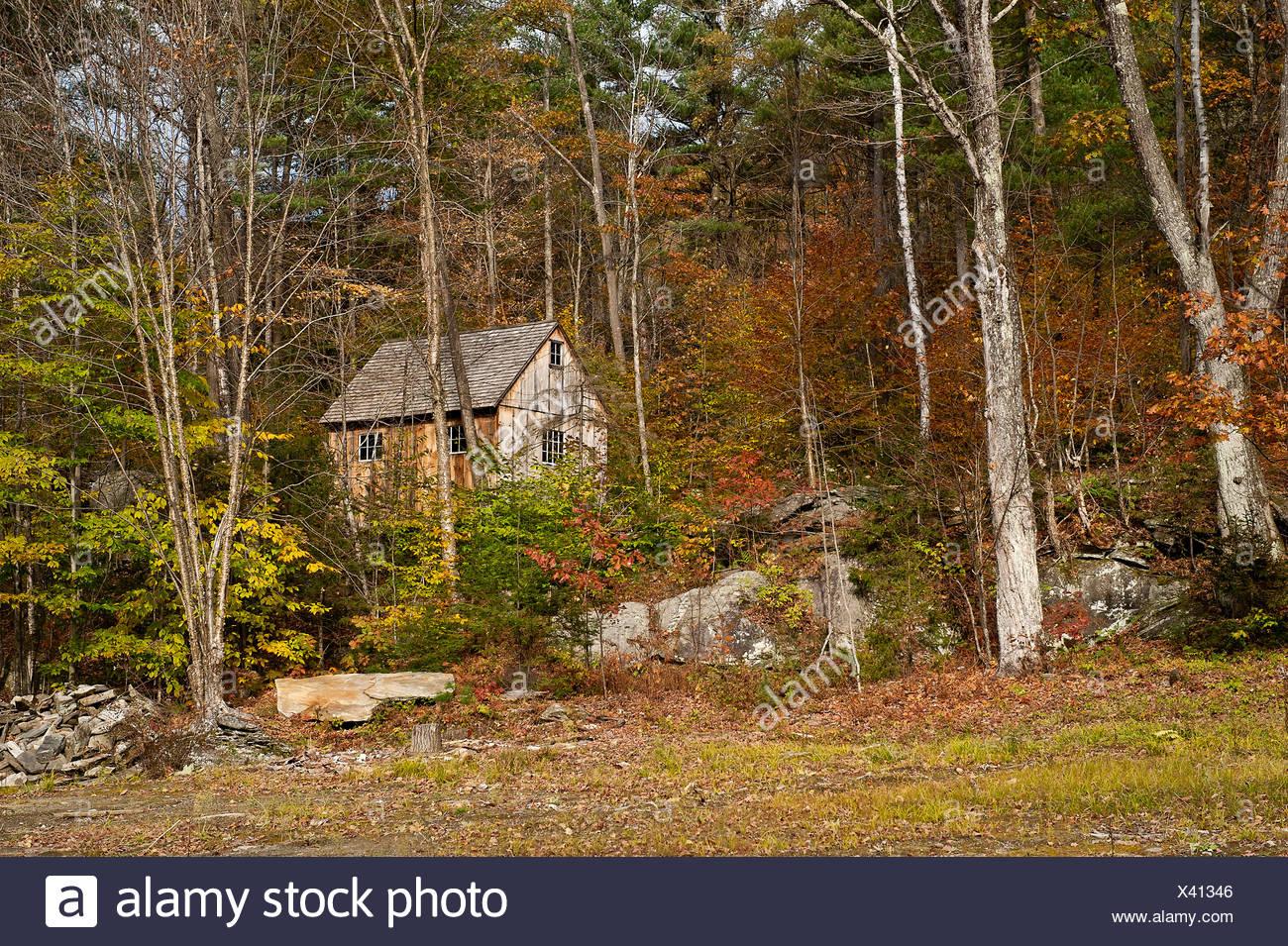 Remote mountain cabin, Vermont, USA - Stock Image