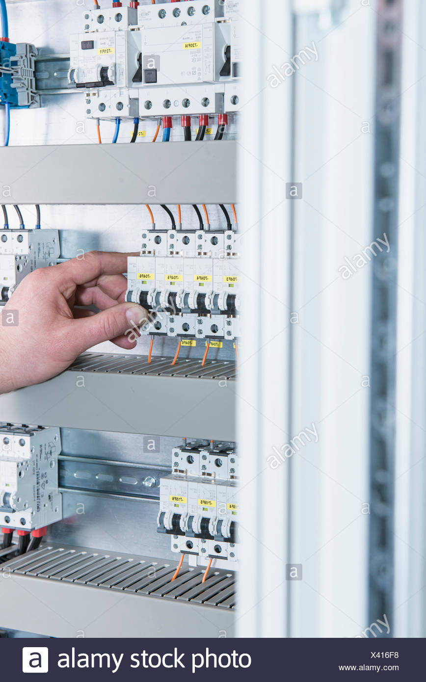 Electrical Fuse Stock Photos & Electrical Fuse Stock Images - Alamy