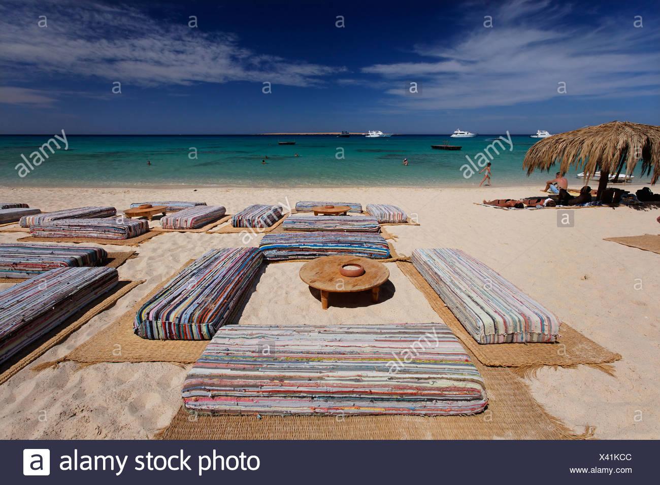 Pillow seats, beach, lagoon, horizon, parasol, Mahmya, Giftun Island, Hurghada, Egypt, Africa, Red Sea - Stock Image
