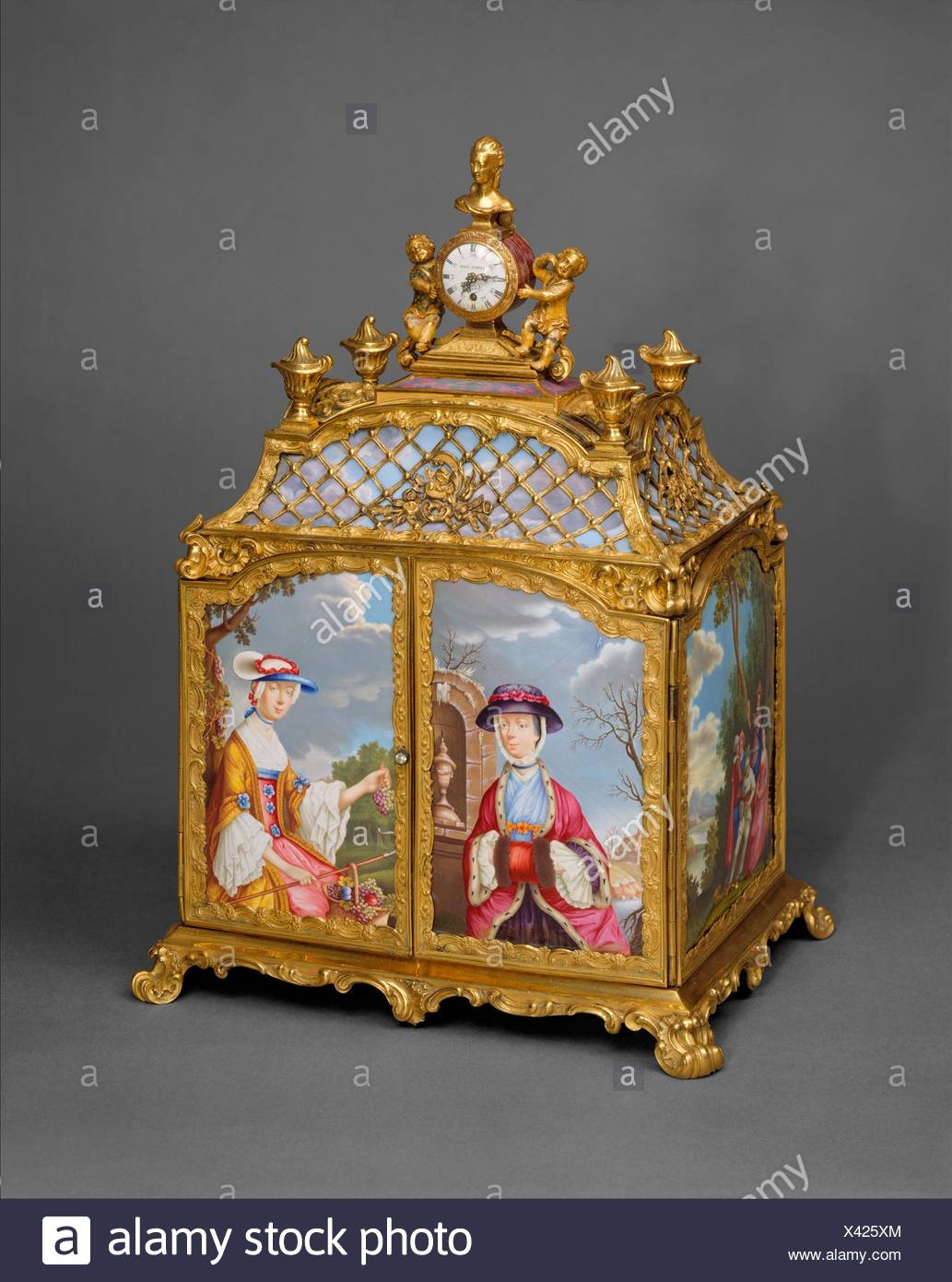 Jewel cabinet with watch. Purveyor: James Cox (British, ca. 1723-1800); Artist: After a design by Antoine Watteau (French, Valenciennes 1684-1721 - Stock Image