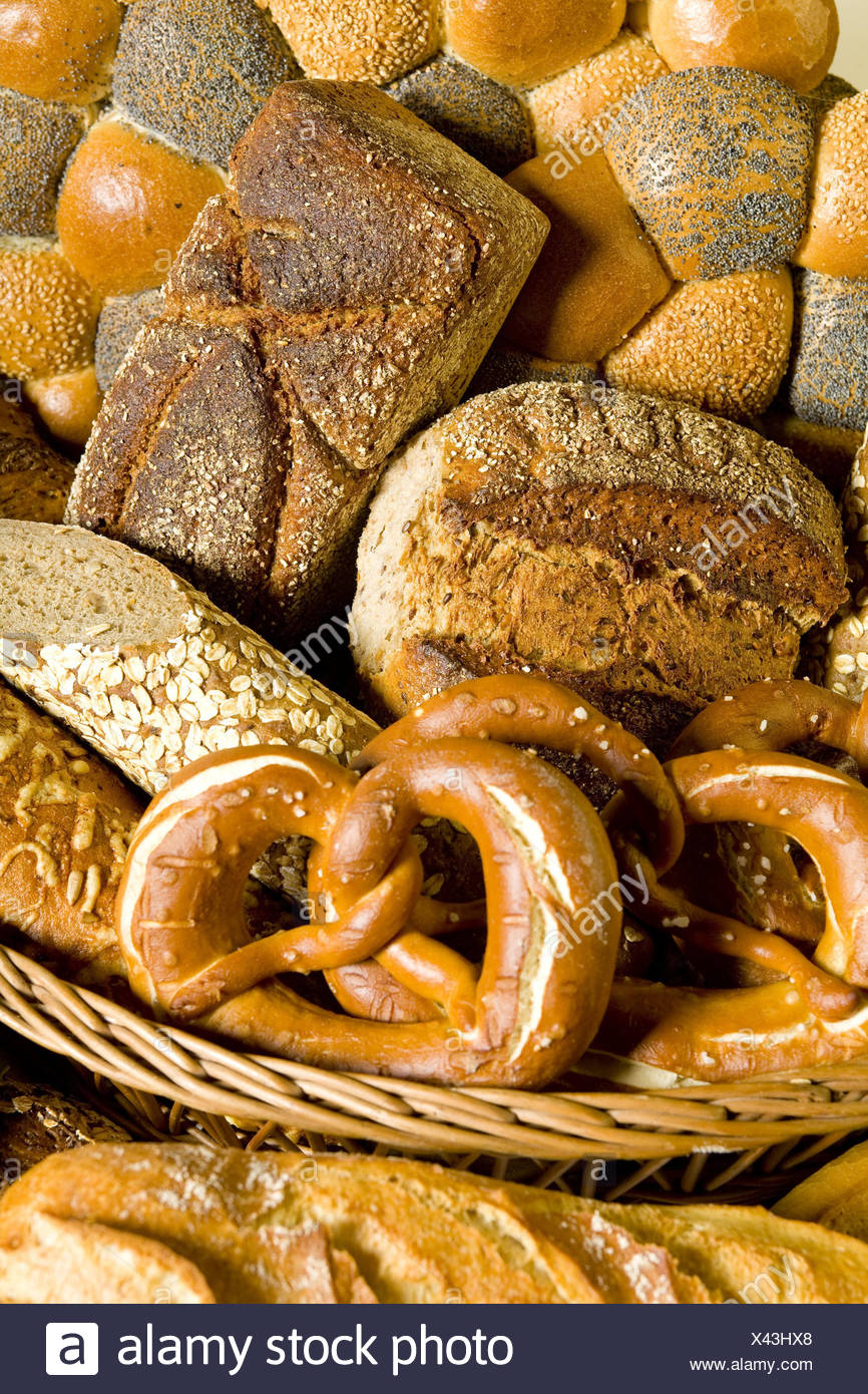 Bread baskets, cake, bread basket, basket, cakes and pastries, bread rolls, buns, loaf bread, Brezen, baguette, the party sun, bread sorts, passed away, Food, product photography, nobody, - Stock Image