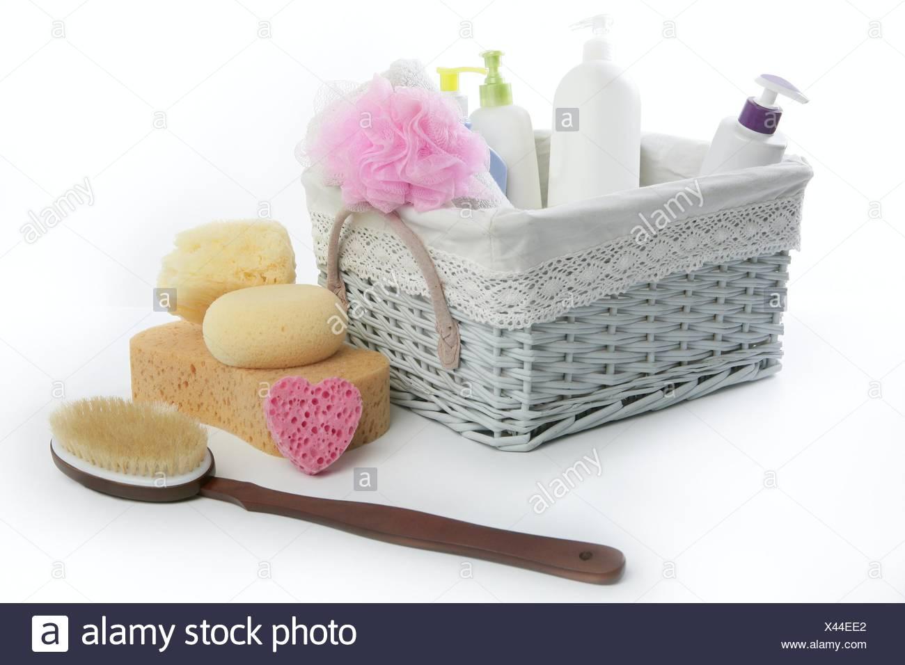 meilleures baskets c938c b79ed Bath toiletries basket with shower gel shampoo sponge and ...
