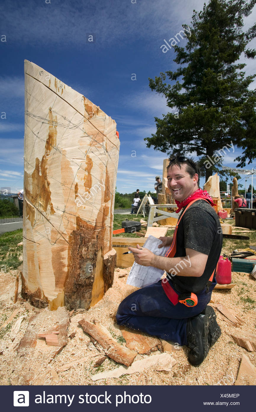 Chainsaw artist chainsaw carving stock photos chainsaw artist
