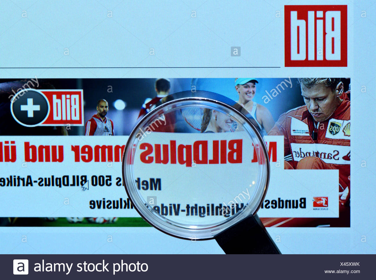 Bildschirm, Internet, Lupe, bild.de, Bildzeitung - Stock Image