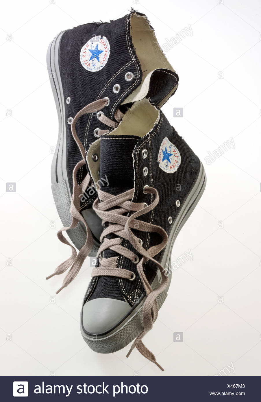 6178d0906eb5 Converse All-Star shoes Stock Photo  277962275 - Alamy