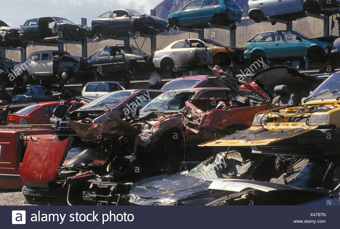 Scrap Yard Scrap Vehicle Autoscrap Stock Photos & Scrap Yard Scrap ...
