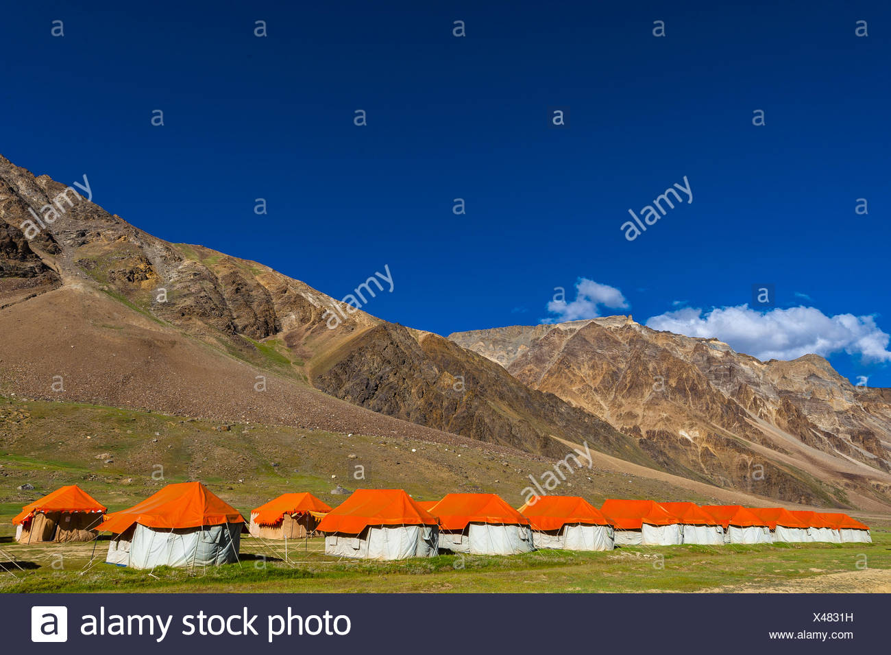 Gold Drop Camp (tented accomodation) at Sarchu The camp (at 14,432 feet) along the so-called Leh-Menali Highway is between the Stock Photo