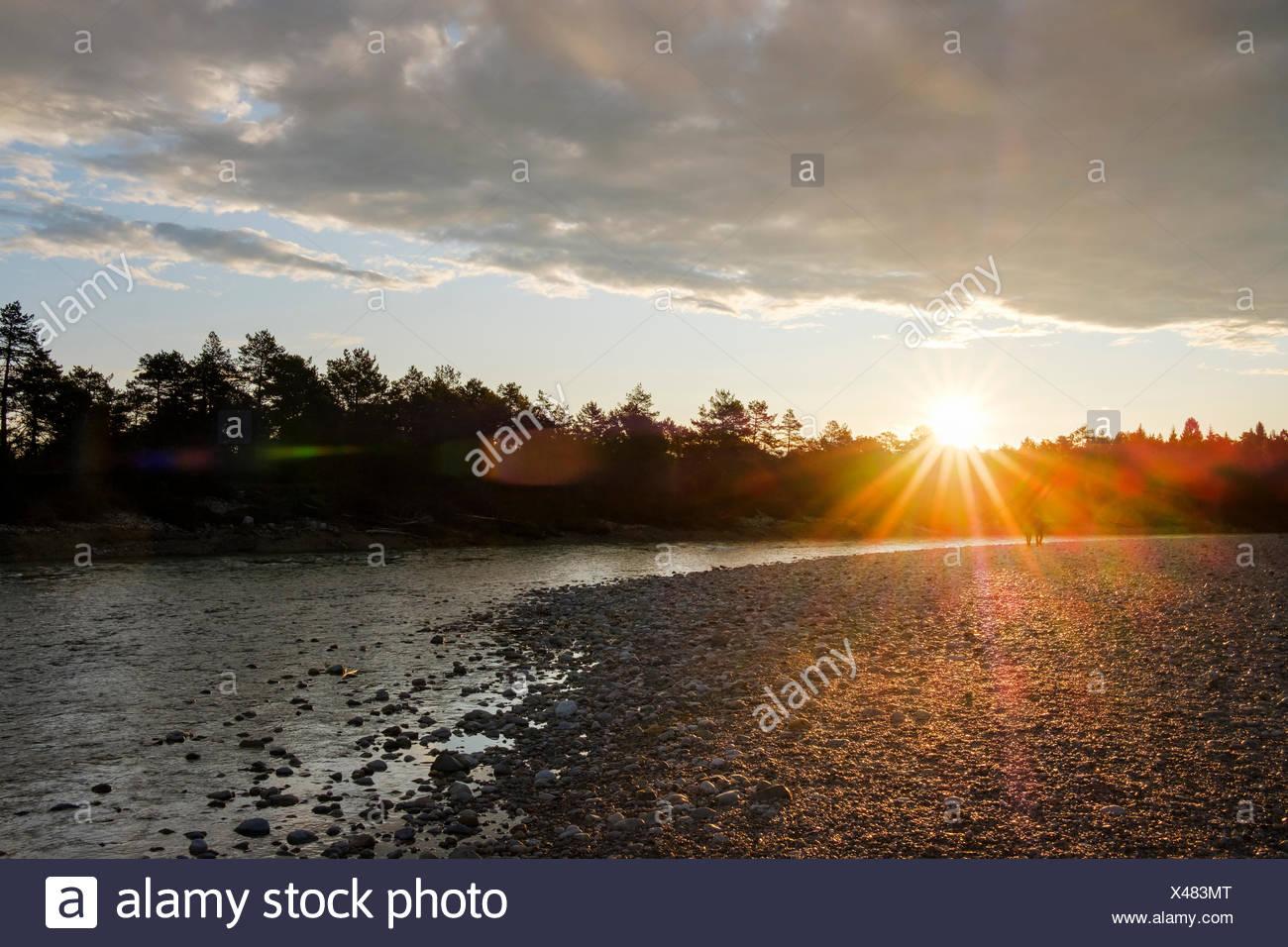 Sonnenuntergang, Isar bei Geretsried, Naturschutzgebiet Isarauen, Oberbayern, Bayern, Deutschland Stock Photo