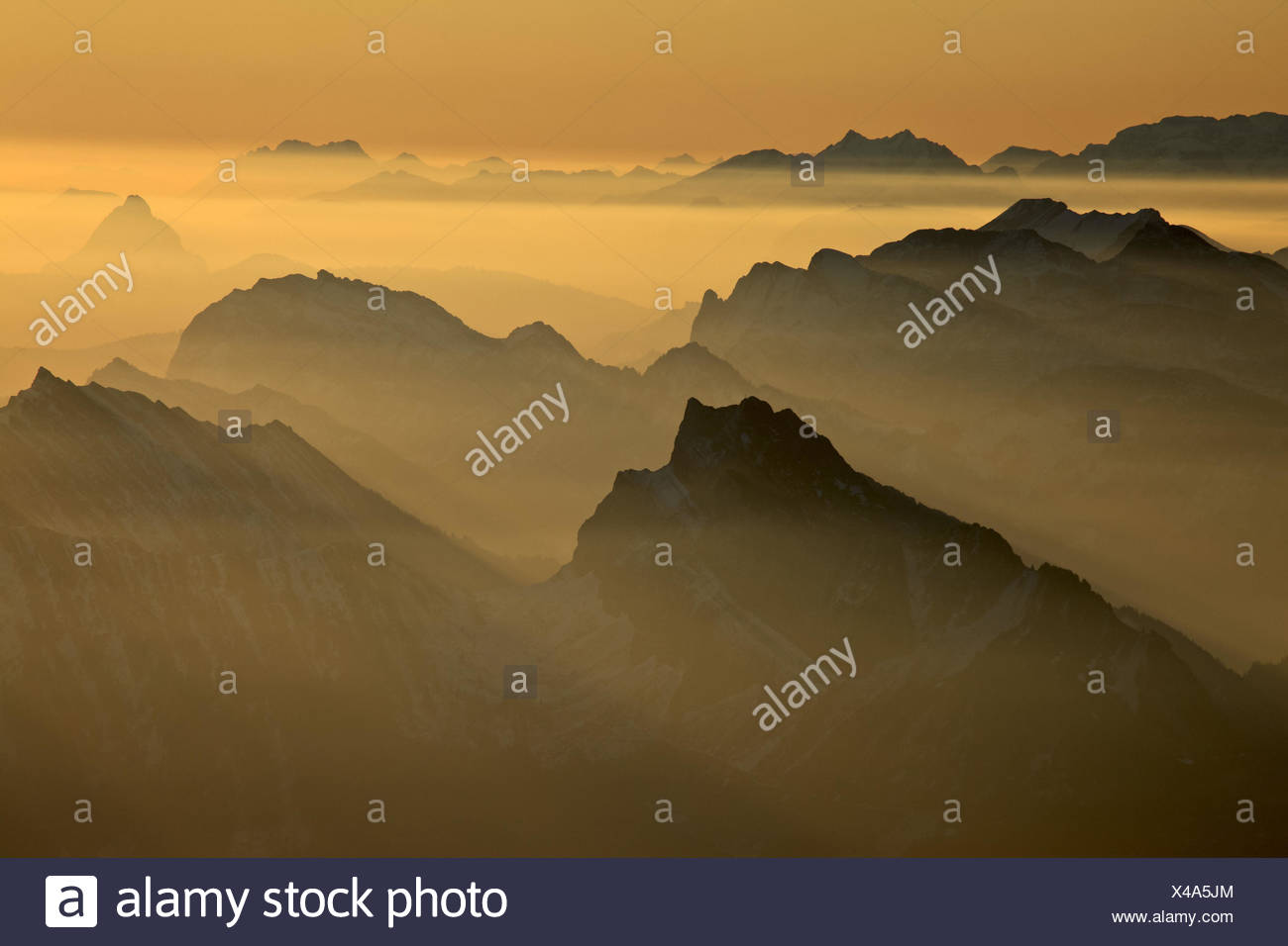 Switzerland, Appenzell, Appenzeller country, alp stone massif, Säntis, view into the direction of west, matt floor, big myths, small myths, spear, - Stock Image